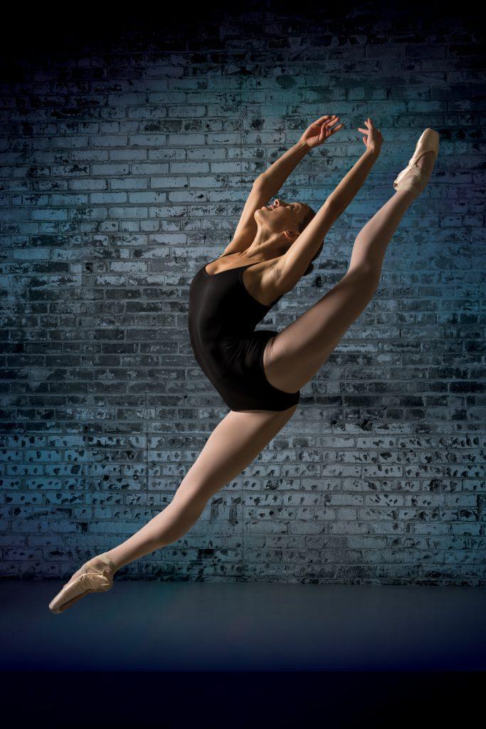 cover_dancer